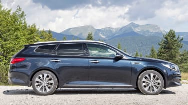 A plug-in hybrid Kia Optima SW PHEV will offer 202bhp, yet emit less than 40g/km of CO2