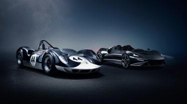 McLaren Elva alongside McLaren-Elva M1A racecar