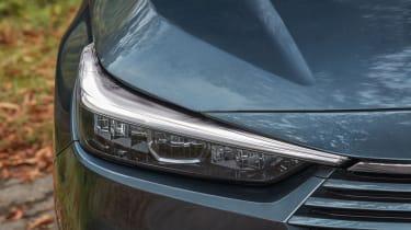 Honda HR-V SUV headlights