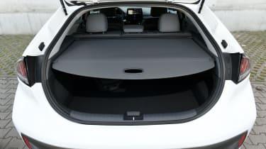 Hyundai Ioniq Hybrid parcel shelf