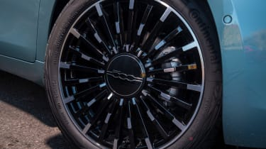 Fiat 500 hatchback alloy wheels