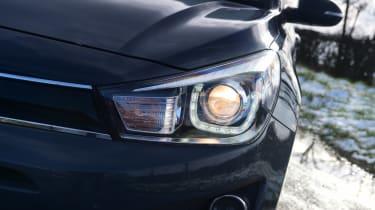 Kia Rio hatchback headlights