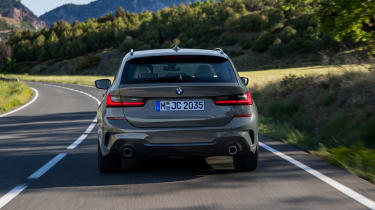 2019 BMW 3 Series Touring - rear straight on