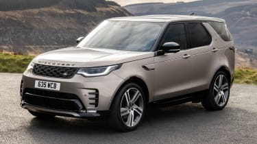 Land Rover Discovery SUV front 3/4 static