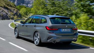 2019 BMW 3 Series Touring - rear 3/4 dynamic
