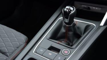 SEAT Leon hatchback - gearlever