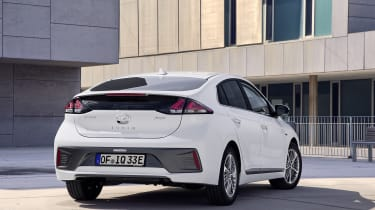 Hyundai Ioniq Plug-in Hybrid rear