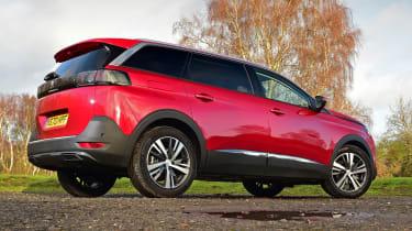 Peugeot 5008 SUV rear 3/4 static