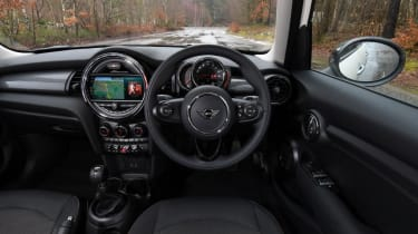 MINI Cooper Classic dashboard view