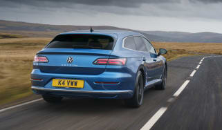 Volkswagen Arteon Shooting Brake estate rear 3/4 tracking