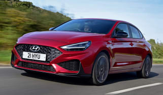 Hyundai i30 Fastback N Line front 3/4 tracking