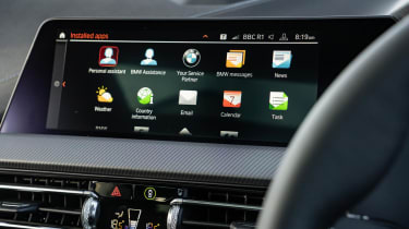 BMW 118i M Sport - interior infotainment