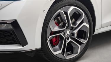 Skoda Octavia vRS alloy wheel