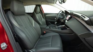 Peugeot 308 SW estate front seats