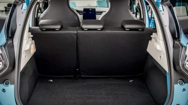 New Renault ZOE - boot with rear seats upright