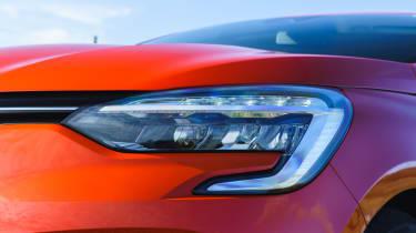 2019 Renault Clio - LED headlamp