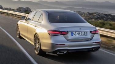 Mercedes E-Class - rear dynamic close