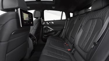 2019 BMW X6 - rear seating bench