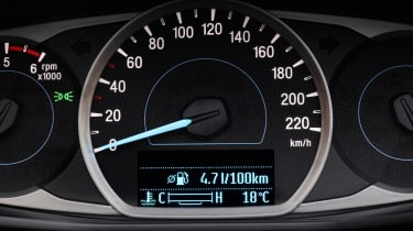 Ford Ka+ hatchback instrument cluster