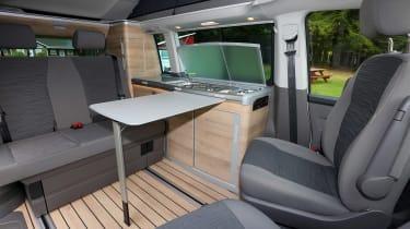 Volkswagen California table