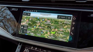 Audi SQ7 SUV sat nav
