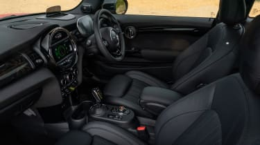 MINI Electric hatchback front seats