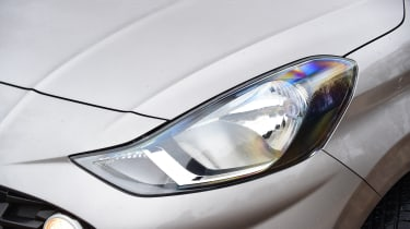 Hyundai i10 hatchback headlights