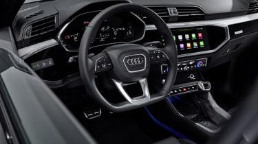 2019 Audi Q3 Sportback - dash 3/4 static