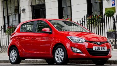 Hyundai i20 five-door 2013 front quarter