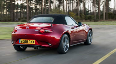 Mazda MX-5 Roadster rear 3/4 tracking