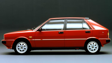 Lancia Delta HF Turbo side