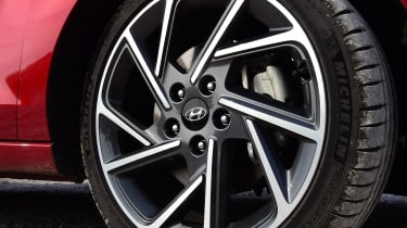 Hyundai i30 Fastback N Line alloy wheels