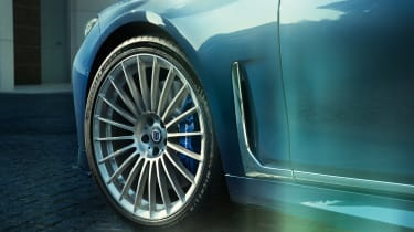 Alpina B7 alloy wheel