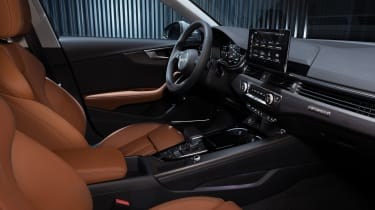 Facelifted Audi A4 Allroad - interior