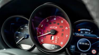 Porsche Macan SUV instruments