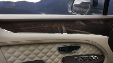 2020 Bentley Bentayga SUV - door trim