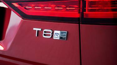 Volvo V60 T8 Twin Engine hybrid badge