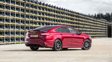 Ford Mondeo hatchback rear 3/4 static yard