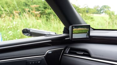 Lexus ES saloon door mirror camera