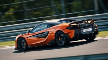 McLaren 600LT side panning