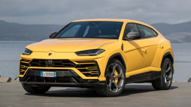 In strada mode, the Urus is at its most civilized, but never becomes truly comfortable