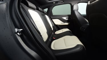 Jaguar F-Pace - rear seats