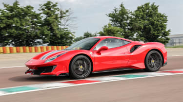 Ferrari 488 Pista side track