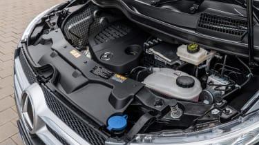 Mercedes V-Class MPV engine