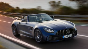 Mercedes-AMG GT R Roadster front tracking