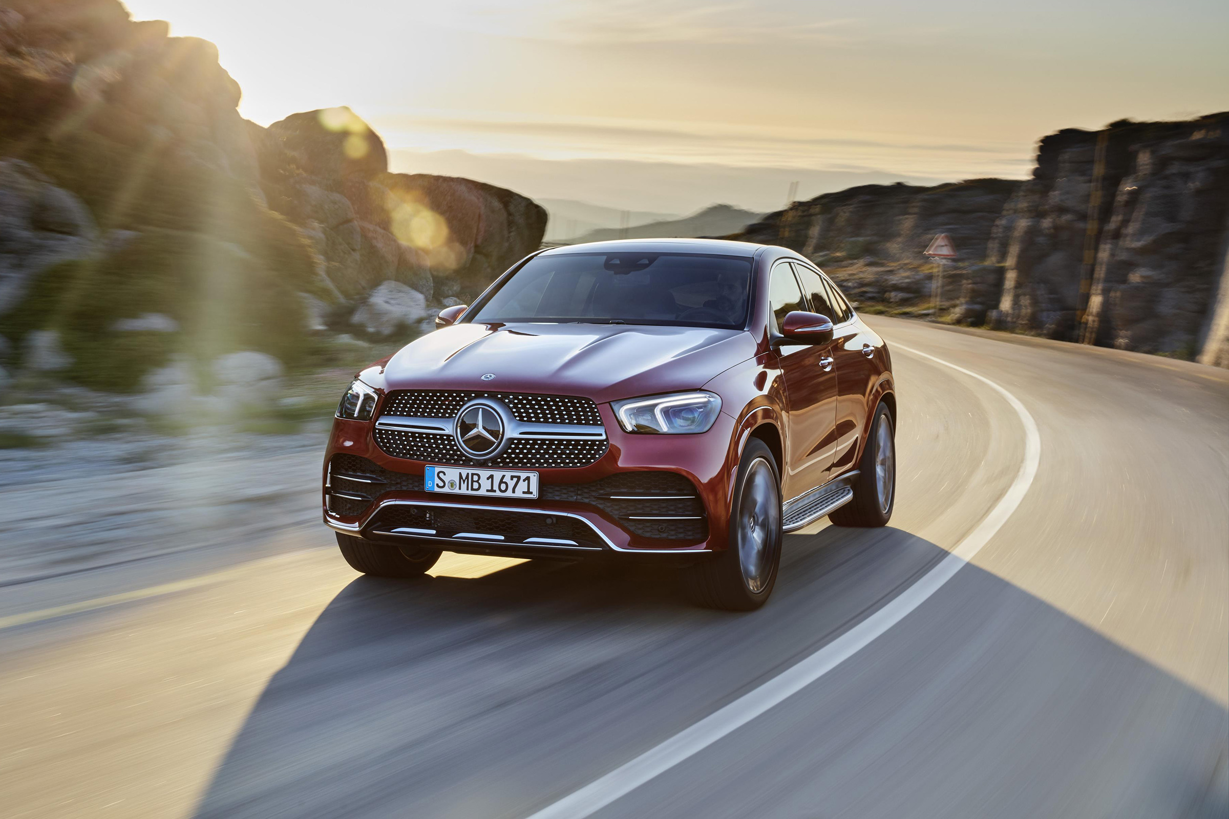 New 2019 Mercedes GLE Coupe: prices, specs and release ...