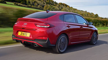 Hyundai i30 Fastback N Line rear 3/4 tracking