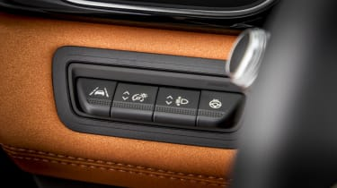 2020 Renault Captur - dashboard switchgear