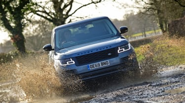 2020 Range Rover Vogue P400 - Dynamic off-road