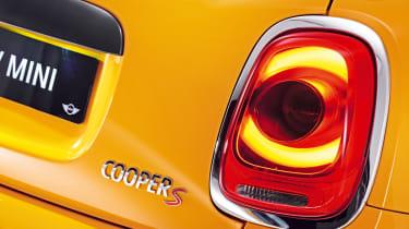 MINI hatchback 2014 badge